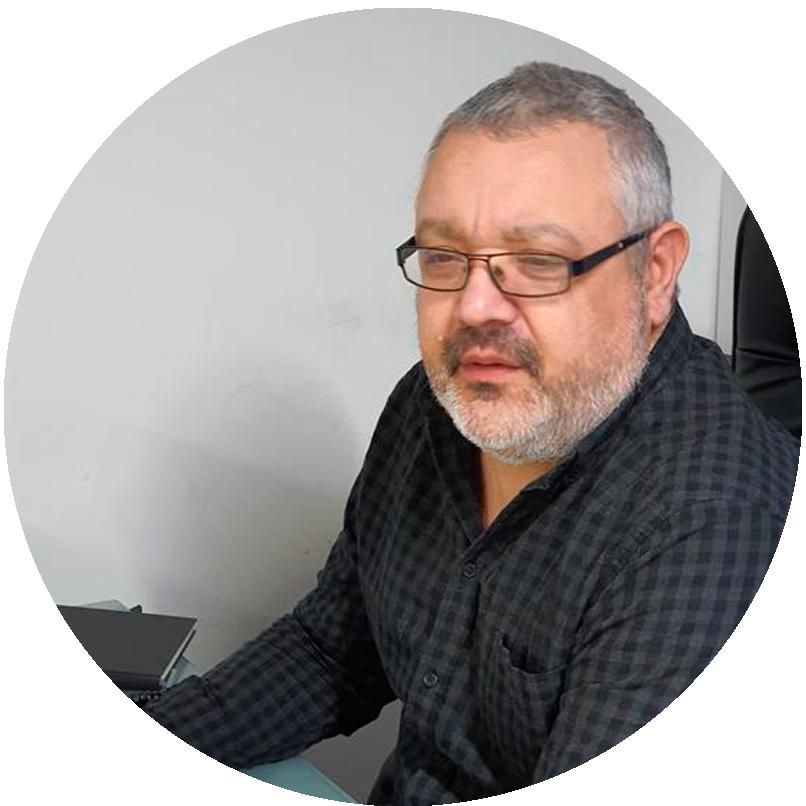 Pedro Quilon Sánchez - Diplomado en Ciencias Empresariales Licenciado en Economia Gestor de Comunidades